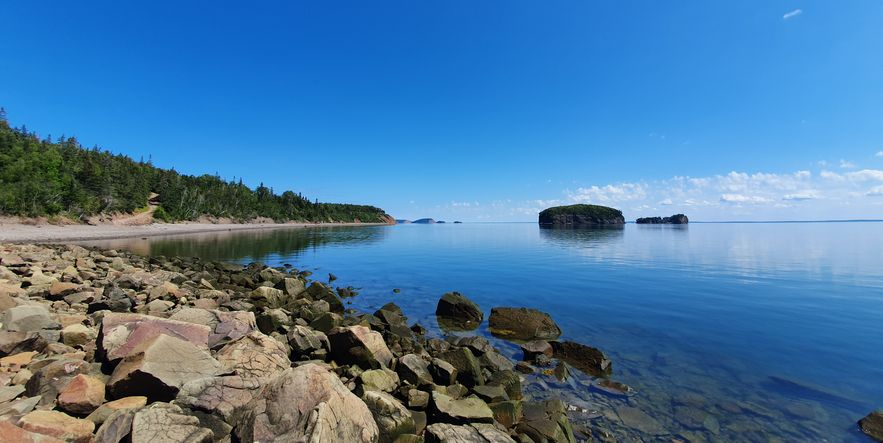 Photo of the Parrsboro coastline